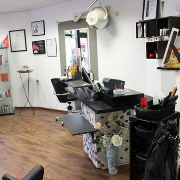 Creativ hairstyling cosmetic lifestyle in Bad Segeberg Salon